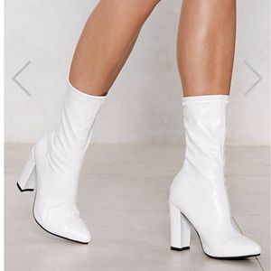 NEW TRENDY WHITE SOCK BOOTIES
